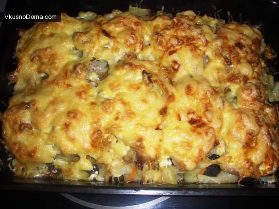 Картофель с грибами мясом и сыром в горшочках в духовке рецепт